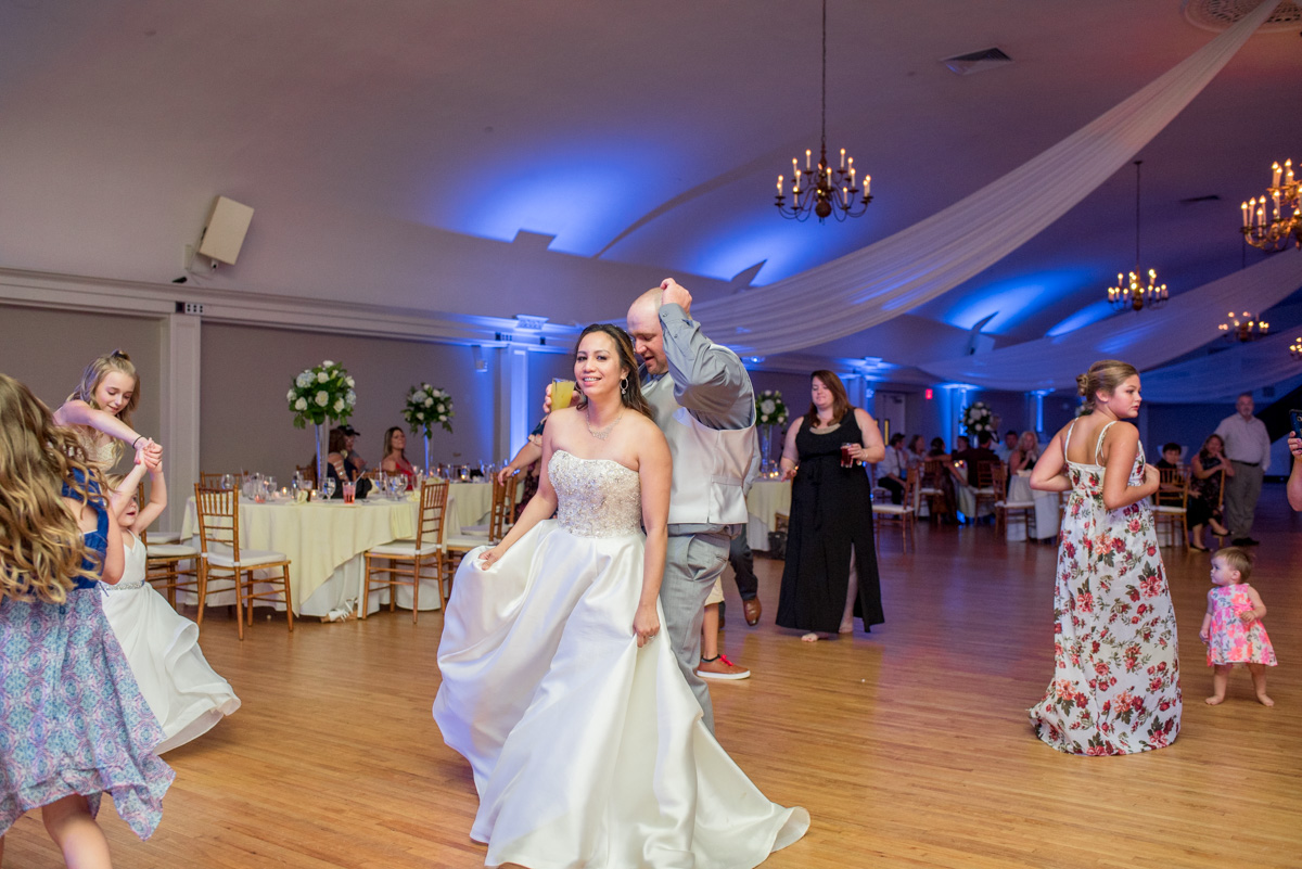 bride and groom dancing Sunnybrook ballroom wedding pottstown