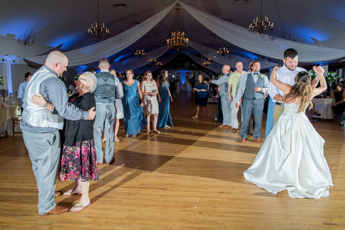 dollar dance photos sunnybrook ballroom wedding
