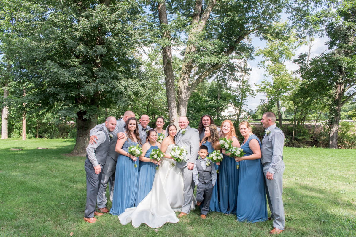 Bridal party photos Sunnybrook pottstown PA wedding photos