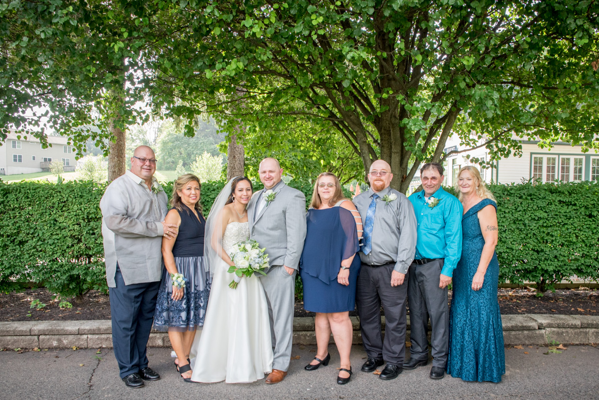family photos sunnybrook ballroom pottstown wedding
