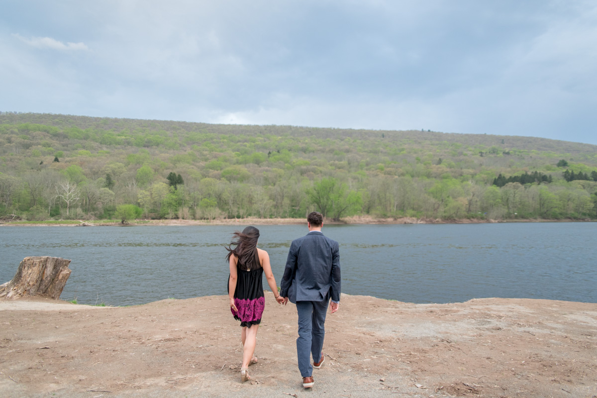 propose at shawnee inn pocono mountains wedding photographer