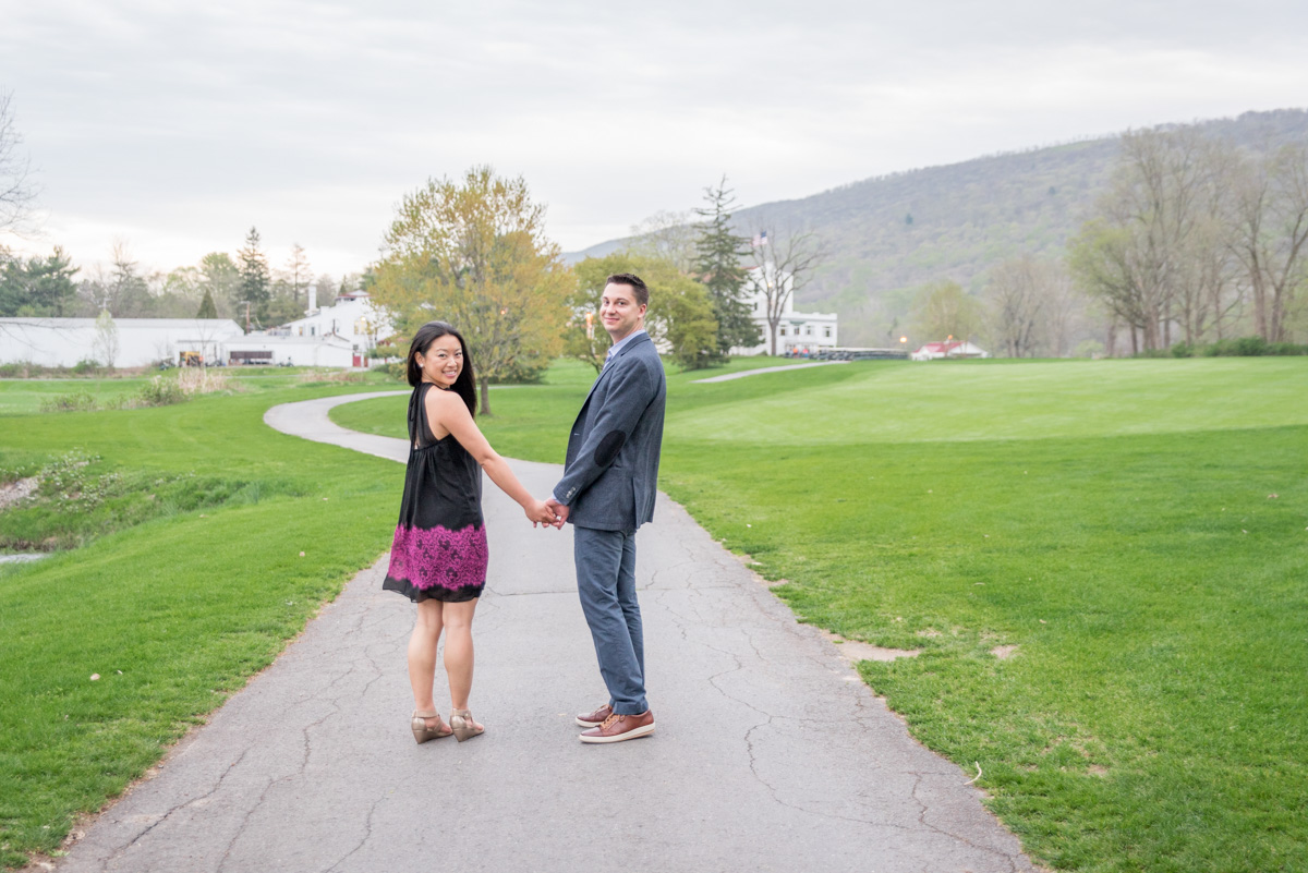 pocono engagement session at shawnee inn