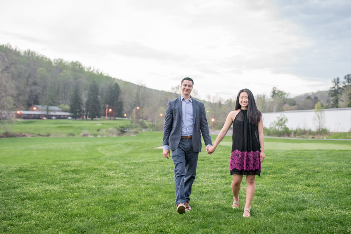 pocono mountains engagement photos